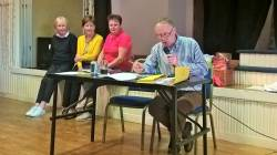 Quiz Master Francis Close, Junior Convenor Anne Harvey with Kate McAlister & Andrea McAlister