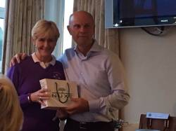 August Open Day - Our sponsor Eamon Gillan presents Gross prize to Fiona Delargy. Well done Fiona!!