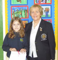 St.Patrick's Primary School 2018 Bursary Winner Orlaith Lynn with Lady Captain Eveleen McCurry