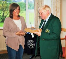 Presidents Day for Ladies 8/6/17 Winner Bernie McAlister with President Shaun McLaughlin