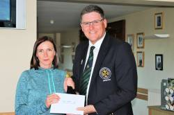 Captain's Prize to Ladies Winner - Orla O'Neill